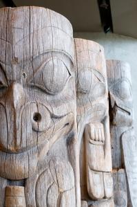 Totem threesome